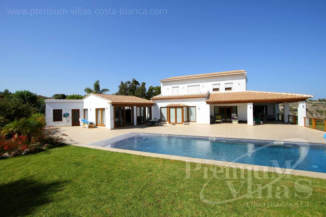 Buy mansion in Benissa Costa Blanca - C2417 - Amazing Finca in Benissa with a 13.000sqm flat plot and sea views 11