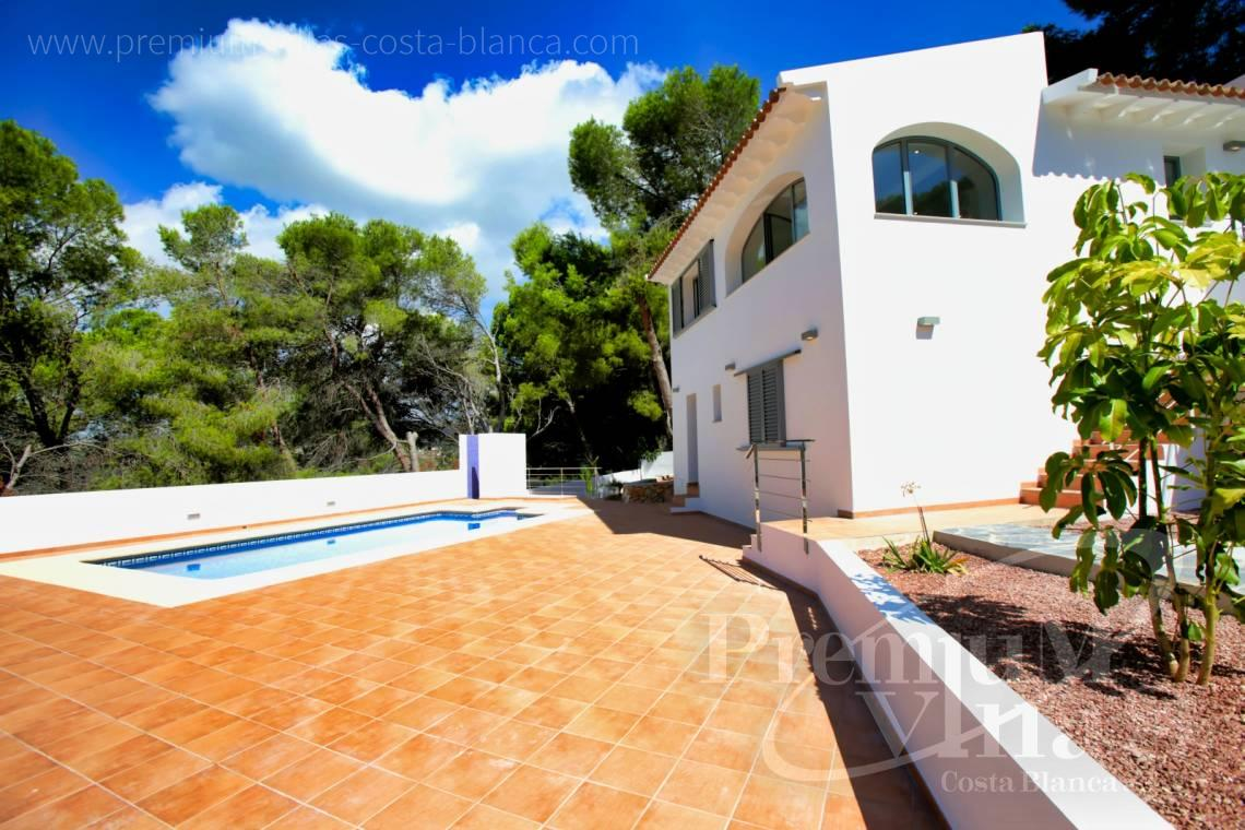 - C2451 - Modern house with sea views in Moraira 6