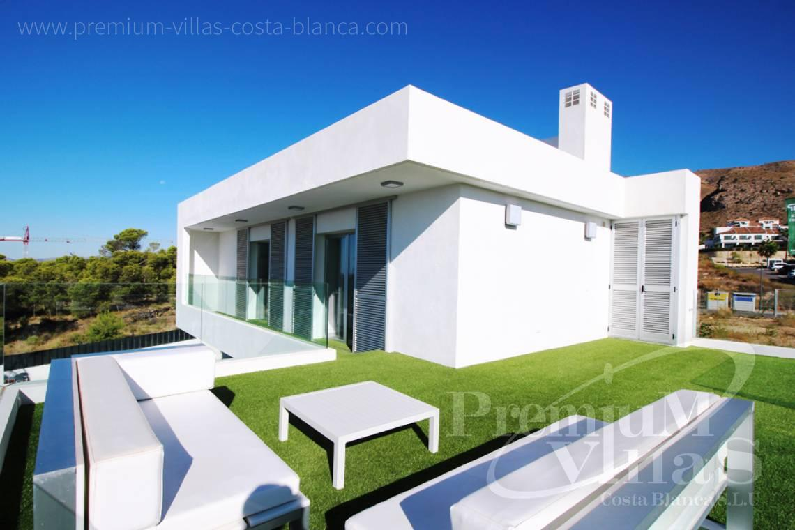 Buy villas houses bungalows Benidorm Finestrat Costa Blanca - C2160 - Modern 3 bedroom villas close to the golf course and with sea views. 3