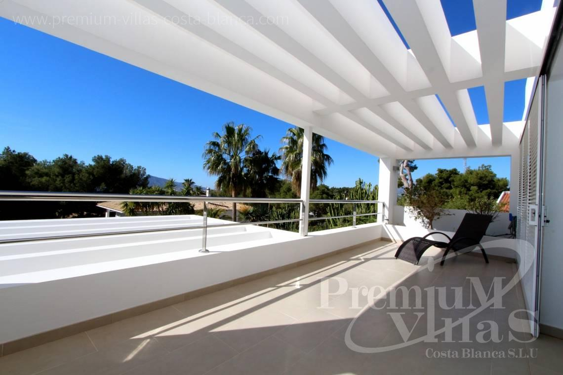 - C1765 - Modern villa at the golf course in Altea with panoramic views 10