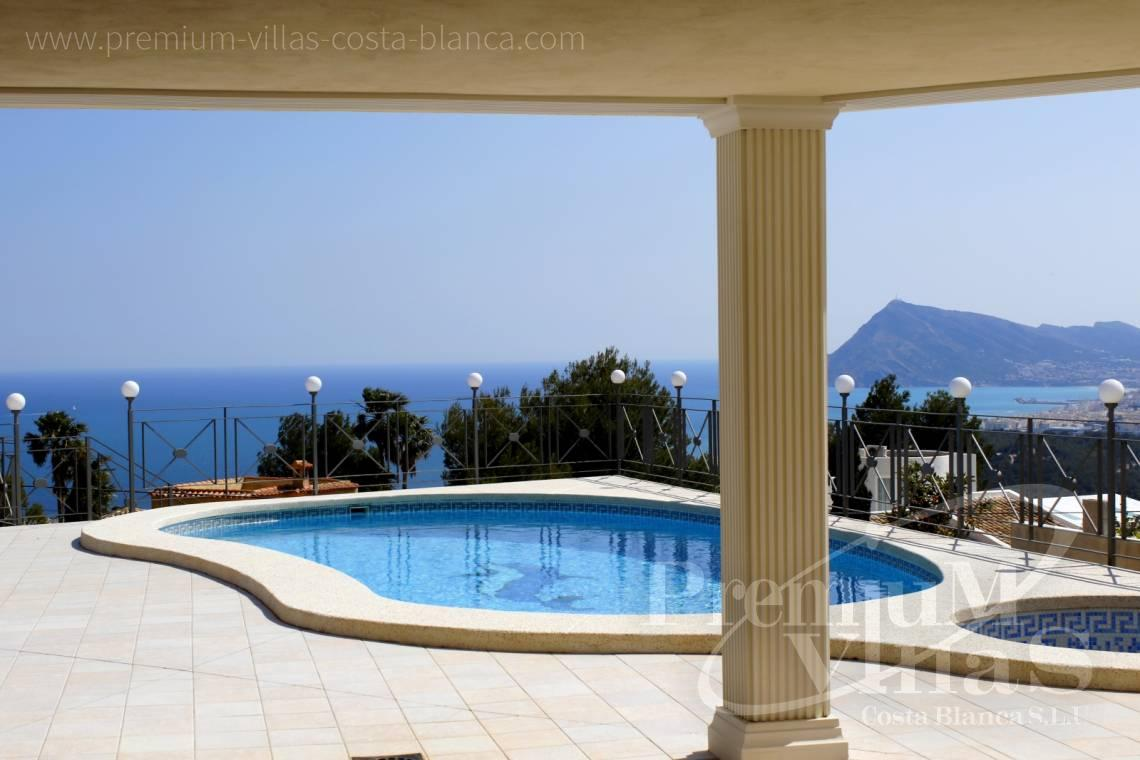 - C2163 - Beautiful villa with guest studio and stunning views over the bay of Altea 3