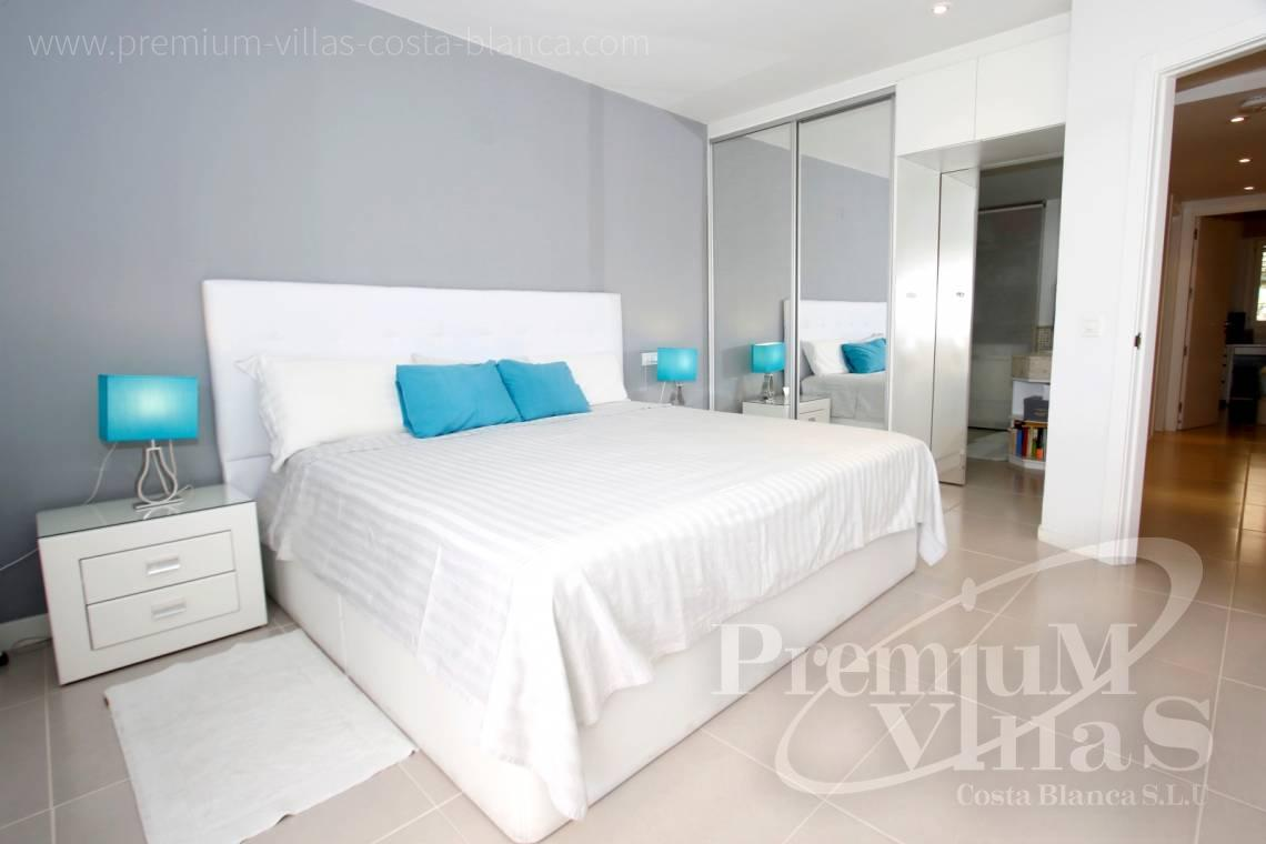 - A0592 - Amazing duplex in Marina Greenwich (Campomanes) with sea views. 16