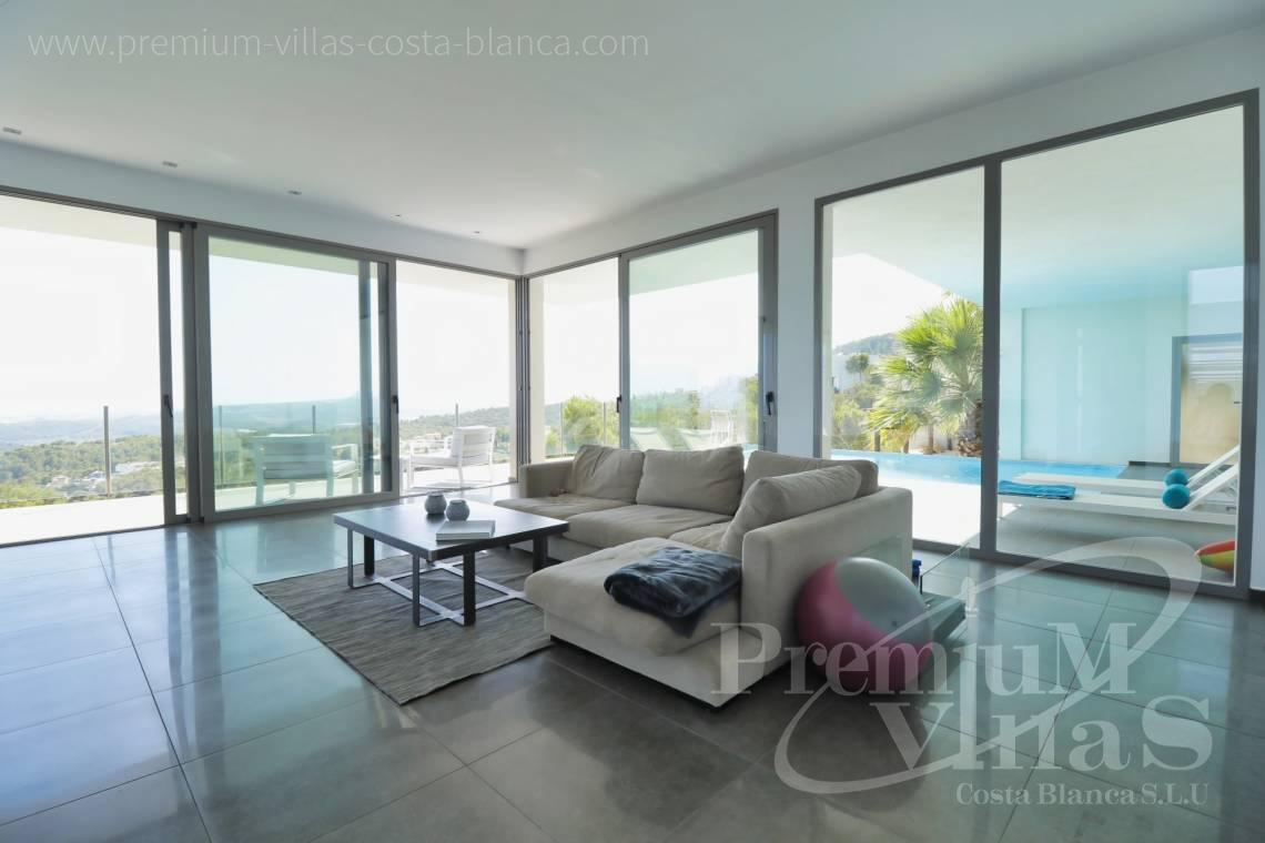 - C2325 - Modern villa with sea views in Altea La Vella 9