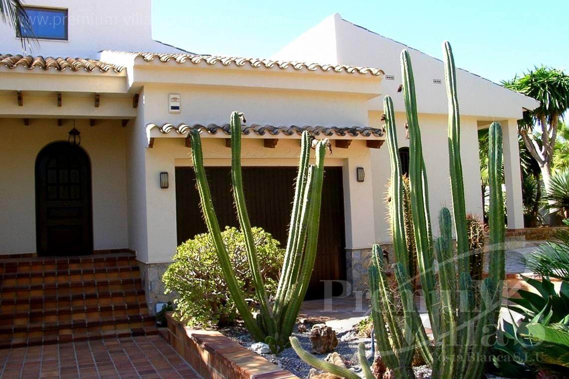 Buy villa house la Nucia Costa Blanca - C1075 - Villa set on a flat plot of 4500sqm close to supermarkets 6