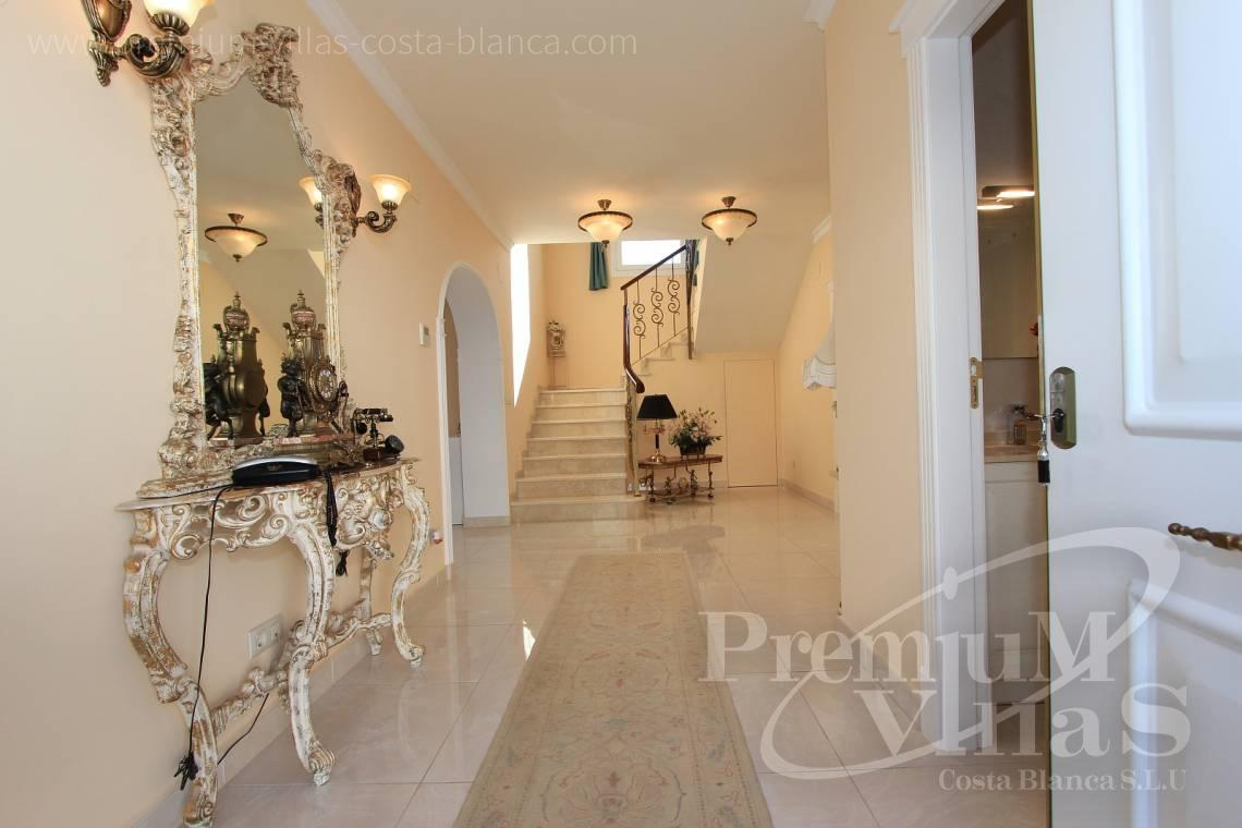 - C1721 - Colonial style villa in Altea with lovely sea views 9