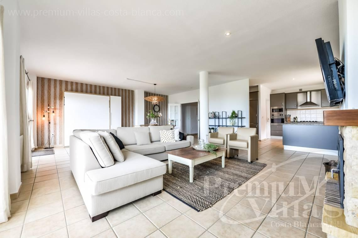 - C2439 - Sea view villa with spacious guest apartment in Altea 10