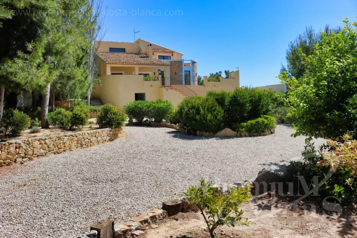 Buy 4 bedroom villa in Altea La Vella Spain - C2274 - 4 bedroom villa with sea views in Altea La Vella 3