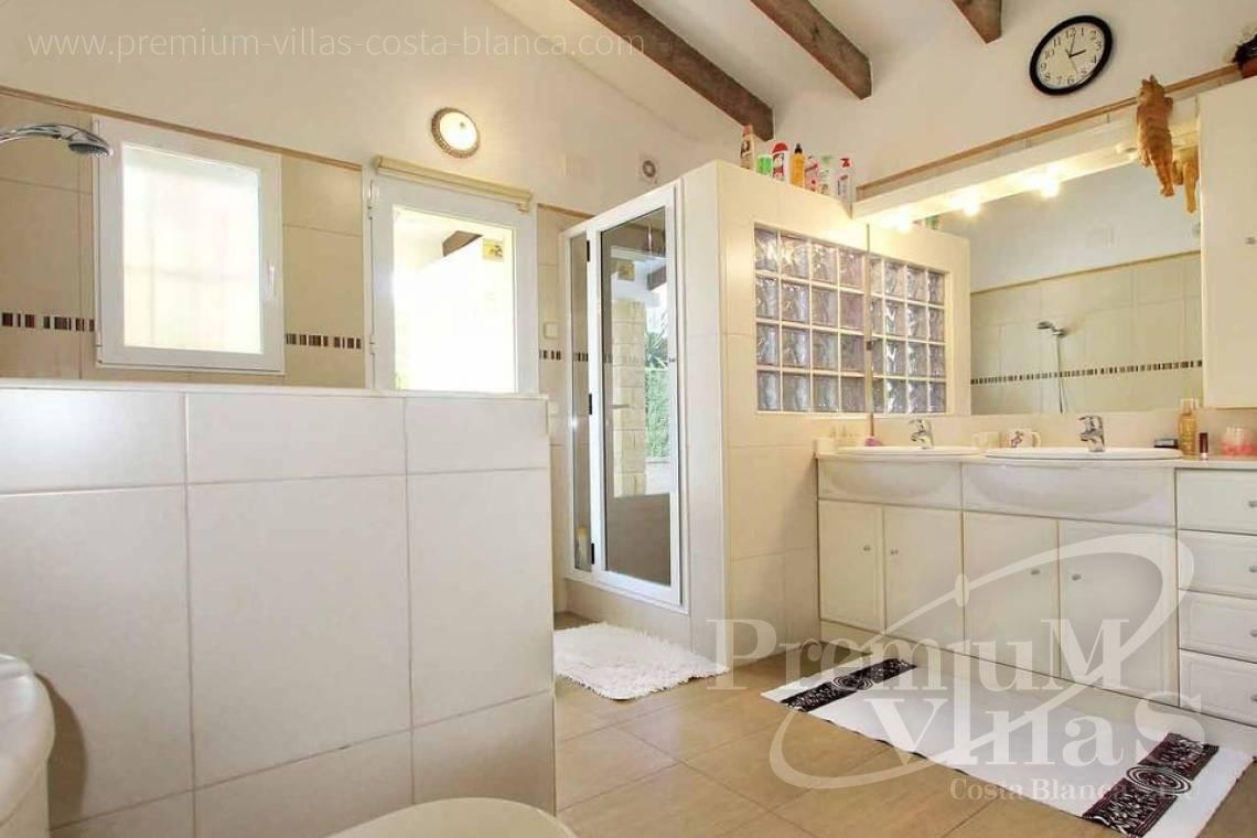 - C2293 - 4 bedroom Mediterranean villa in Altea 12