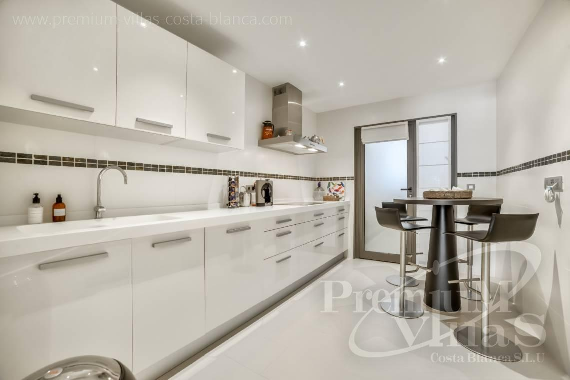 - A0606 - Seafront apartment in residential Mascarat Beach 9