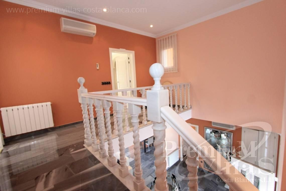 - C1589 - Magnificent mansion on the sea front in Moraira 20