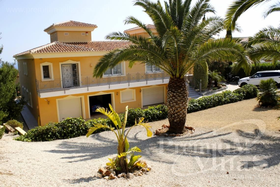 - C2163 - Beautiful villa with guest studio and stunning views over the bay of Altea 26
