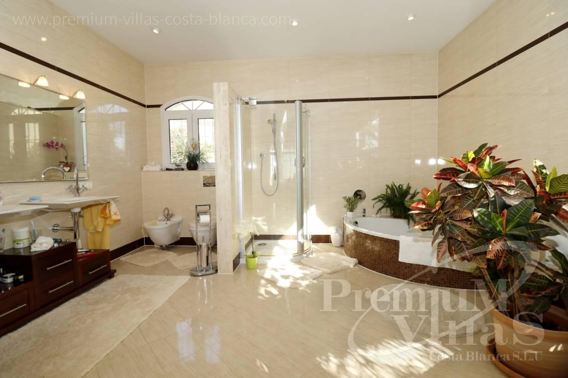 - C2251 - Luxury villa in prime location in Altea 12