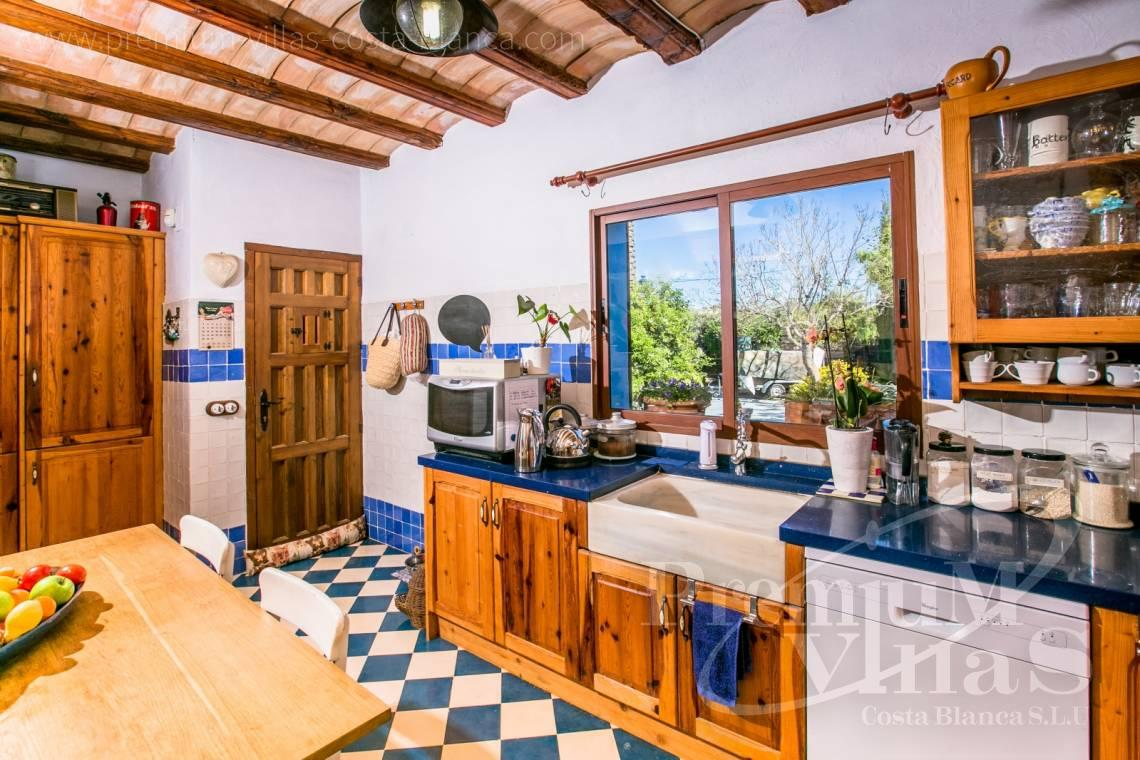 - C2170 - Beautiful finca in Benissa with breathtaking sea views 11