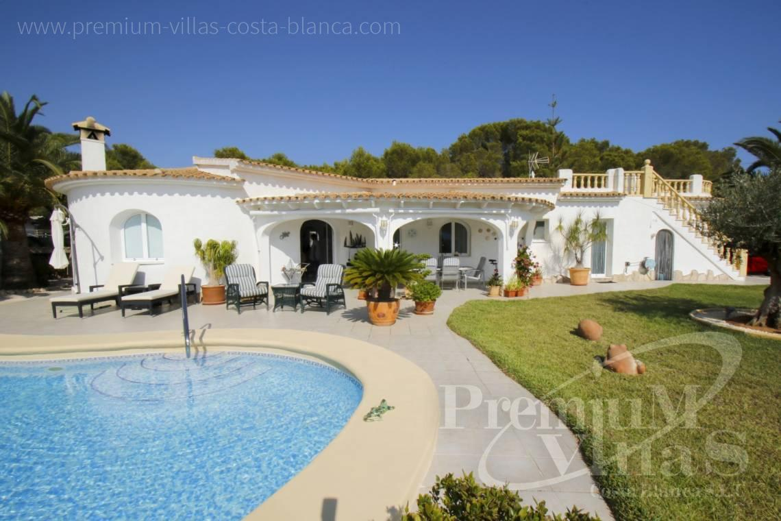 House villa for sale Calpe Costa Blanca - C2202 - Beautiful house on flat plot 1