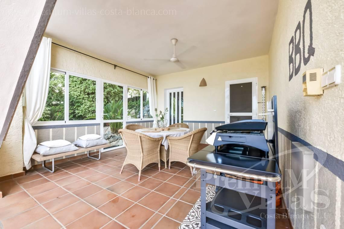 - C2439 - Sea view villa with spacious guest apartment in Altea 6