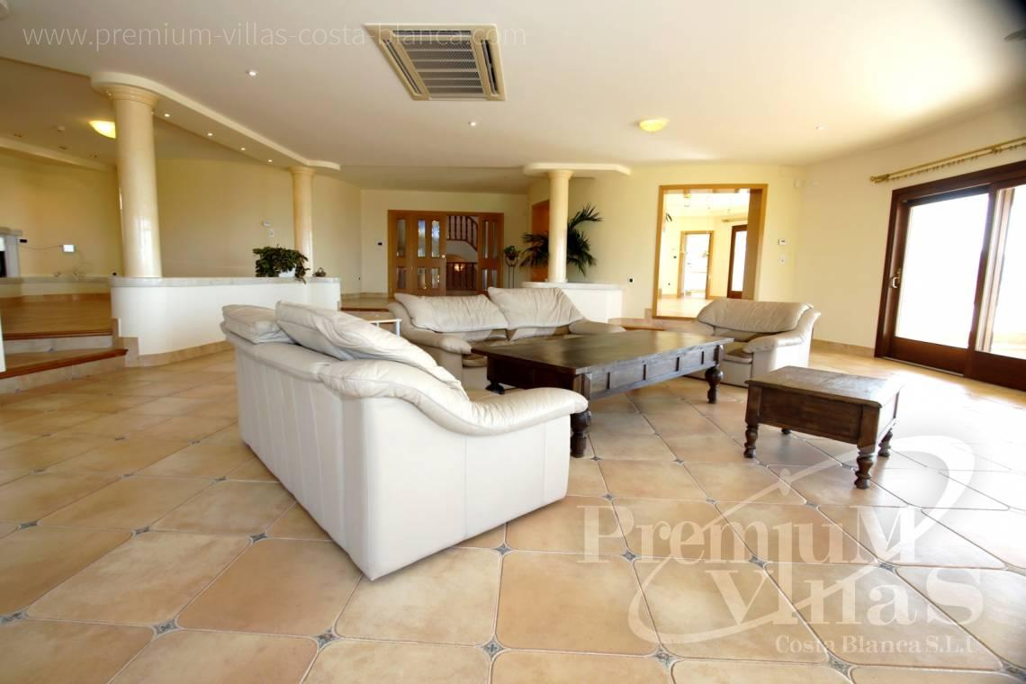 - C2174 - Luxury mansion on 3 levels with elevator and sea views in Calpe 8