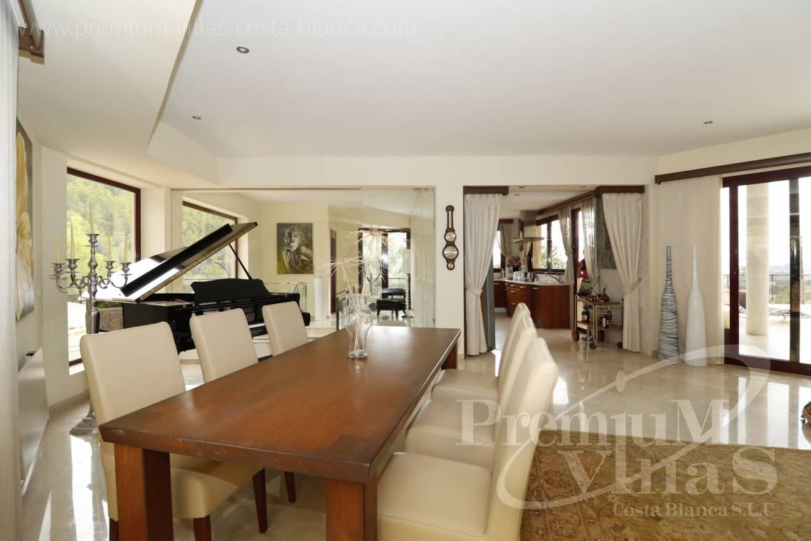 - C2237 - Luxury villa in urb. Santa Clara with guest house 16