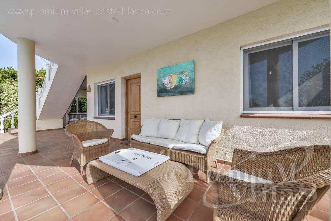 - C2439 - Sea view villa with spacious guest apartment in Altea 5