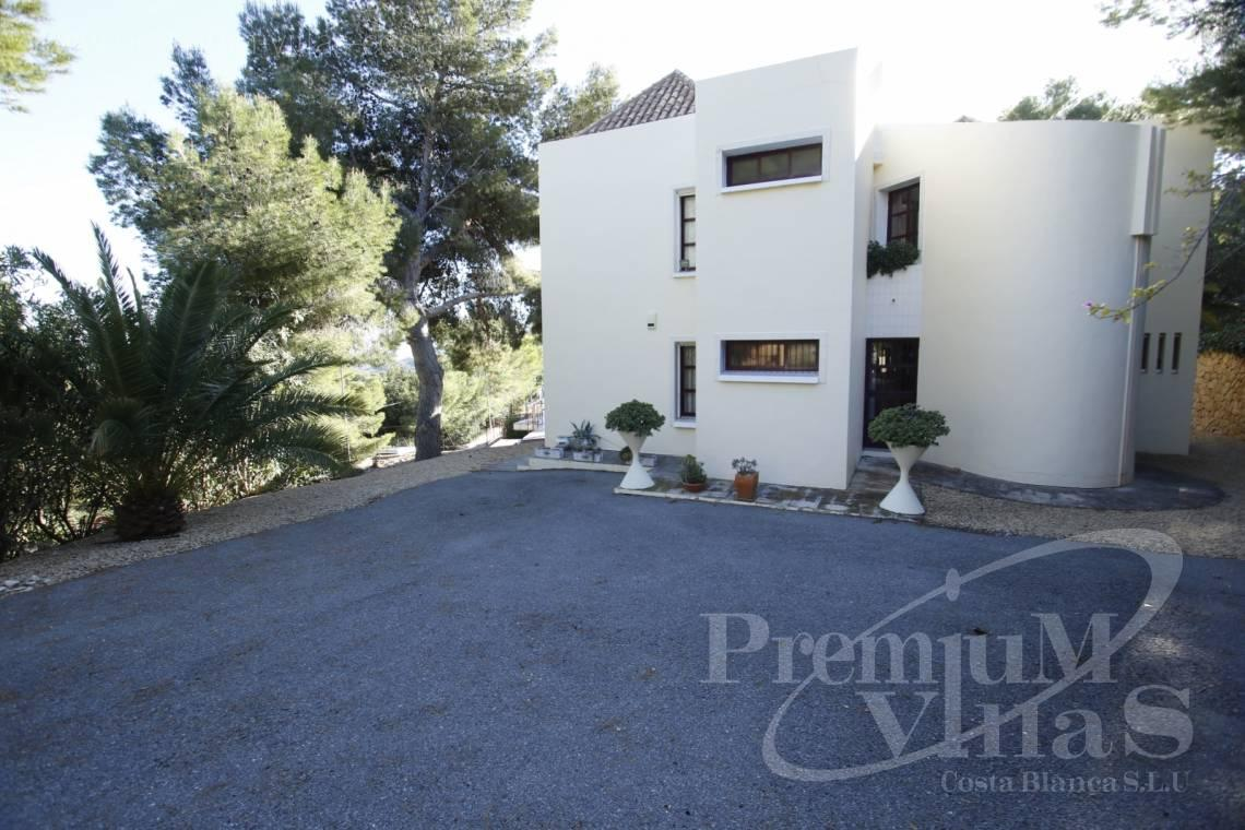 house villa for sale Altea Costa Blanca Spain - C2132 - House surrounded by nature with beautiful sea and mountain views in Altea. 3