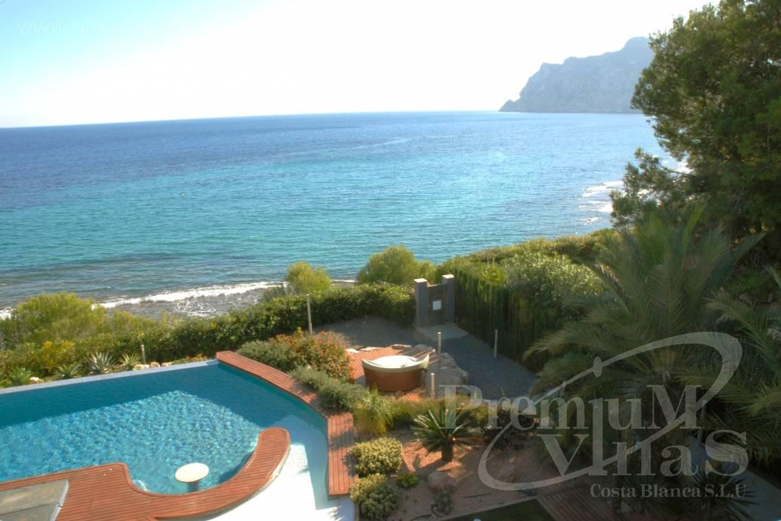 Luxury frontline villa for sale in Calpe Costa Blanca - CC2340 - Luxury frontline villa in Calpe 1