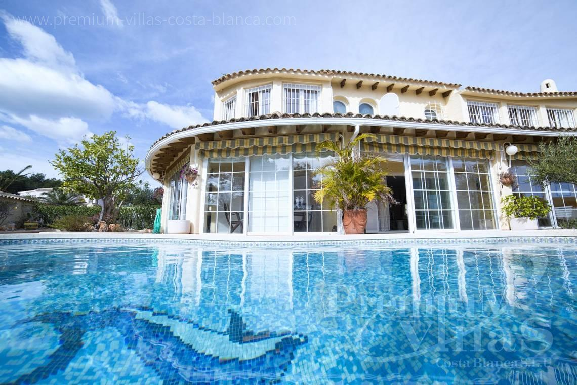 - C2028 - Beautiful and spacious villa with sea and mountain views 3