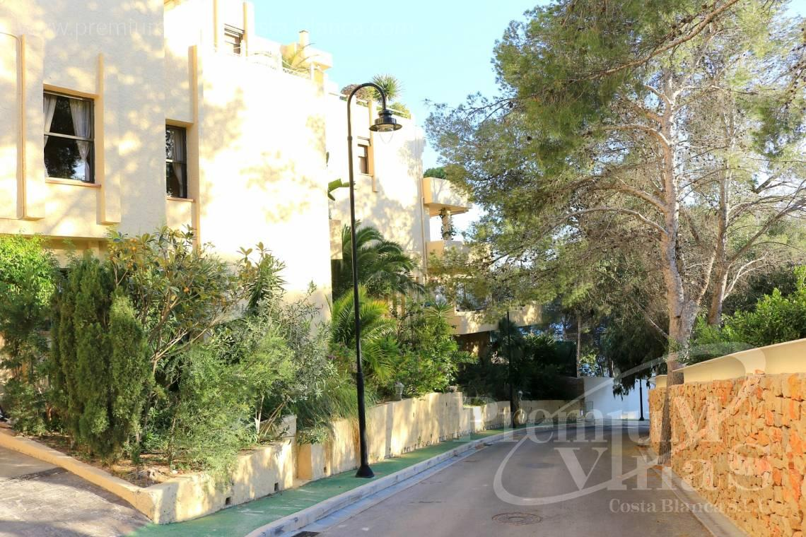 - A0506 - Front line apartment with 2 terraces in Mascarat with great sea view 16