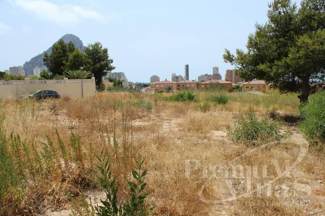Plot land for sale in Calpe Costa Blanca - 0183G - Five buildings plots at one step to the beach in Calpe 3
