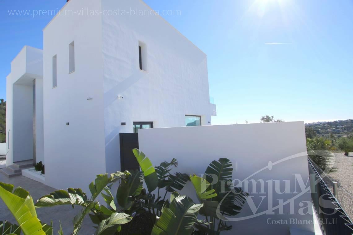 C2015 - Opportunity! Modern Villa for a very good price!!! 11