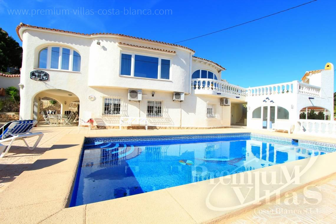 C1984 - Villa for sale close to the beach with a guest apartment and nice sea view 1