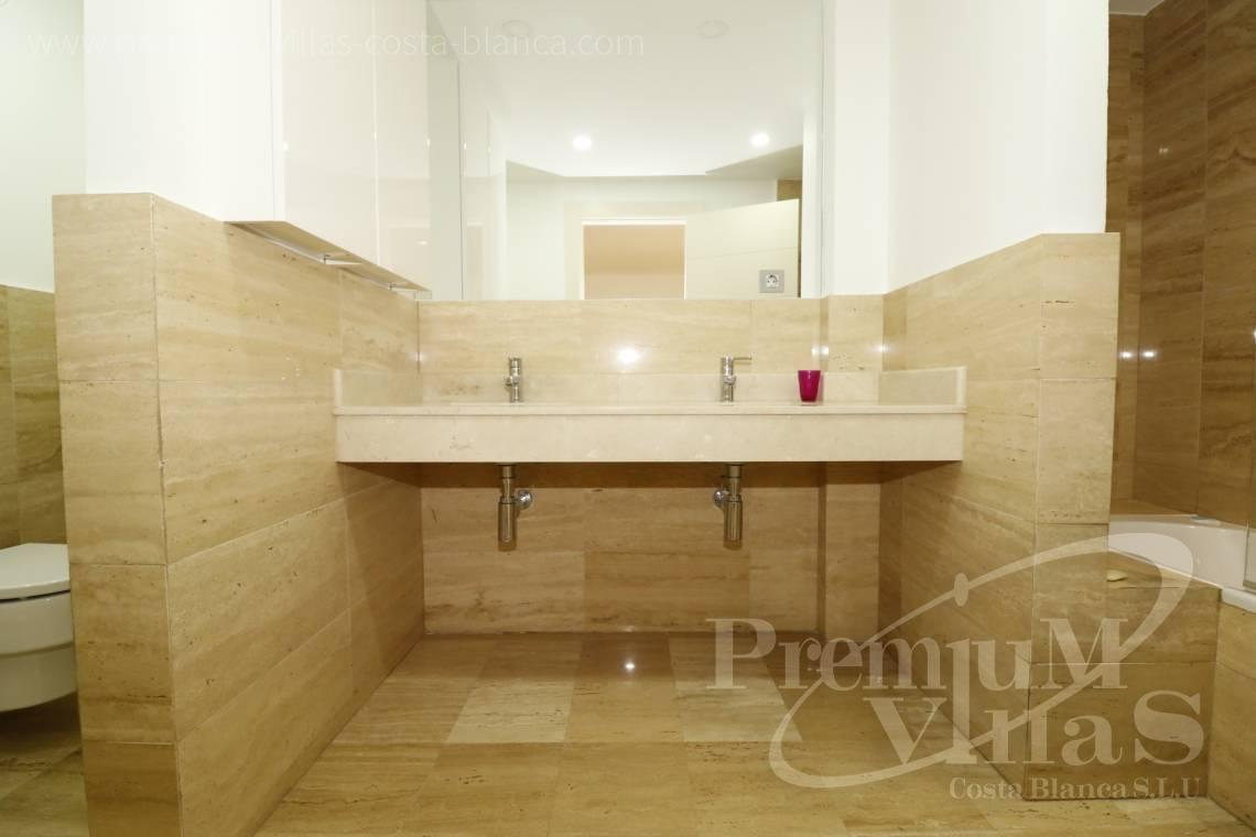 - A0610 - Beach apartment in residential Mascarat Beach 9