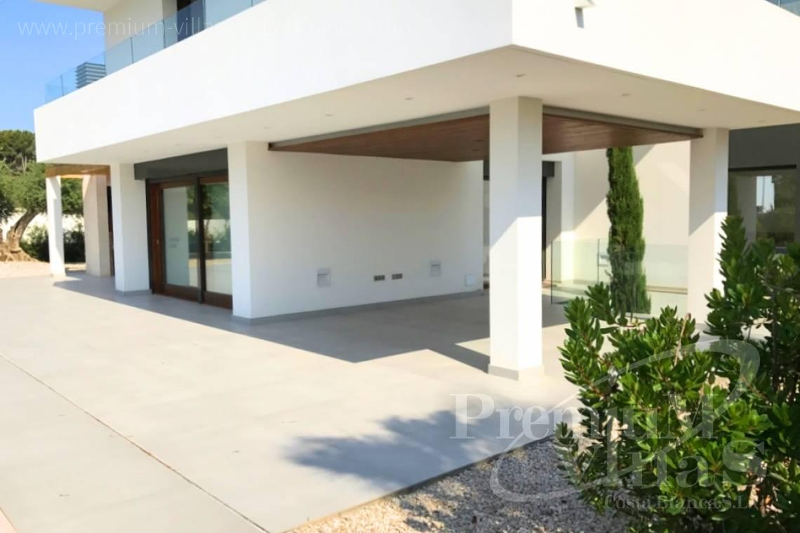 - C2075 - Bioclimatic villa for sale 11