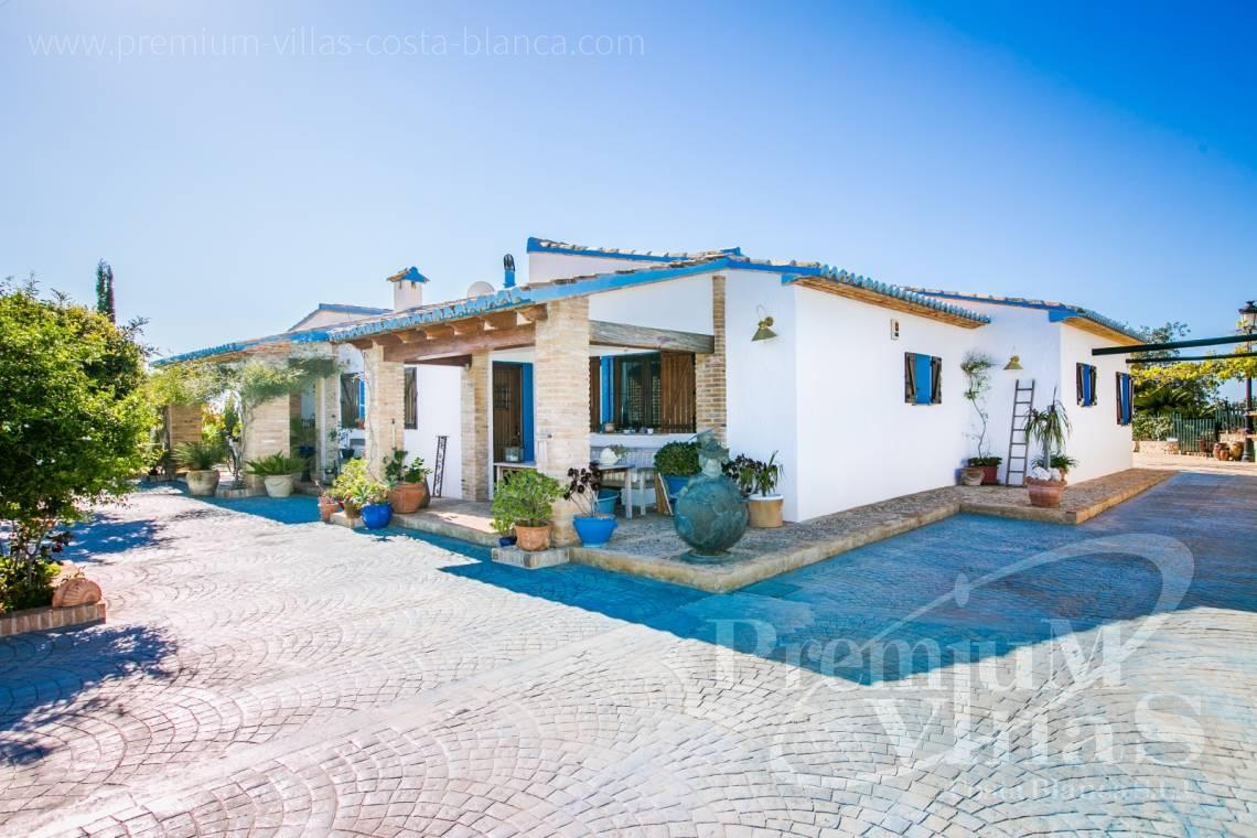 finca, land house for sale Benissa Costa Blanca - C2170 - Beautiful finca in Benissa with breathtaking sea views 3