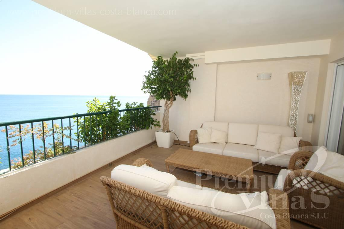 - A0531 - Oasis Beach: Luxurious apartment on the first line of the sea with 2 bedrooms 12