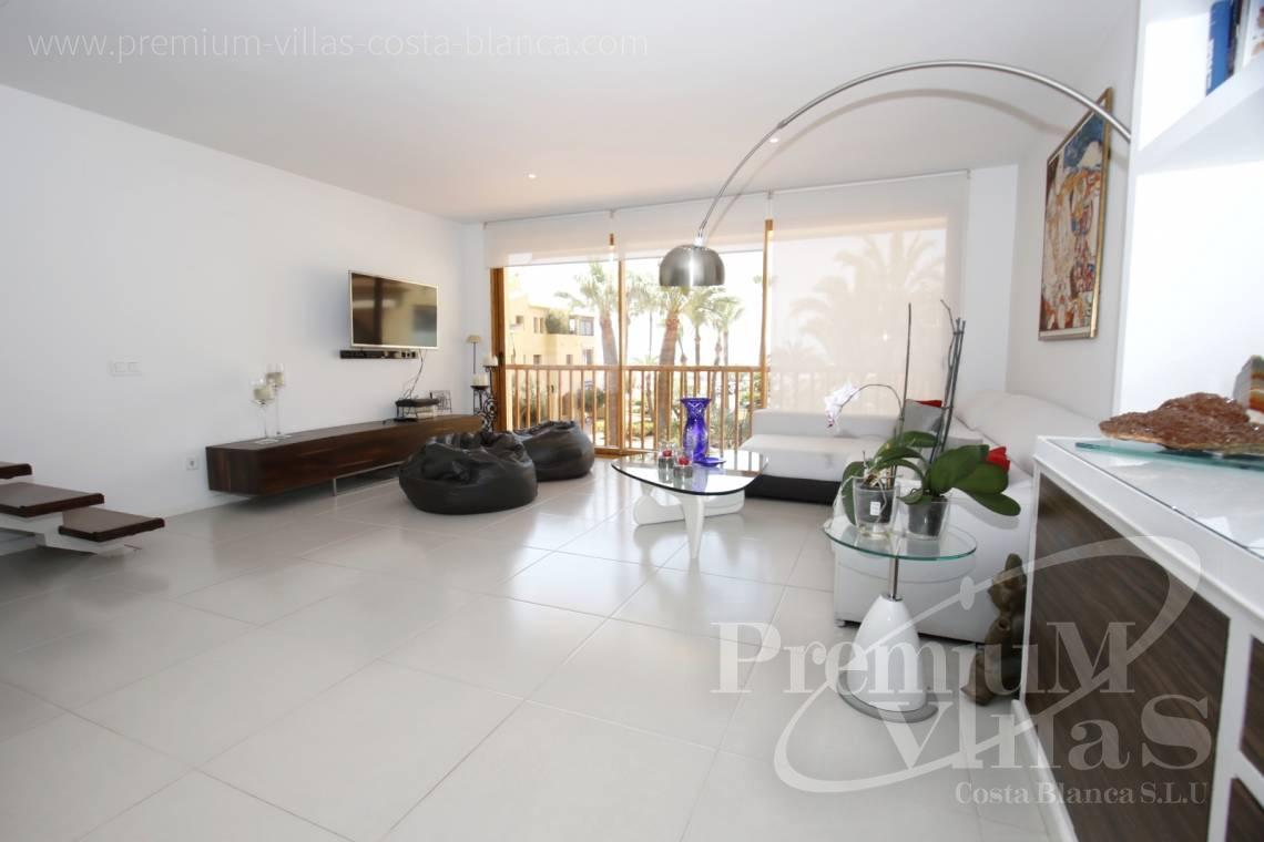 - A0592 - Amazing duplex in Marina Greenwich (Campomanes) with sea views. 15