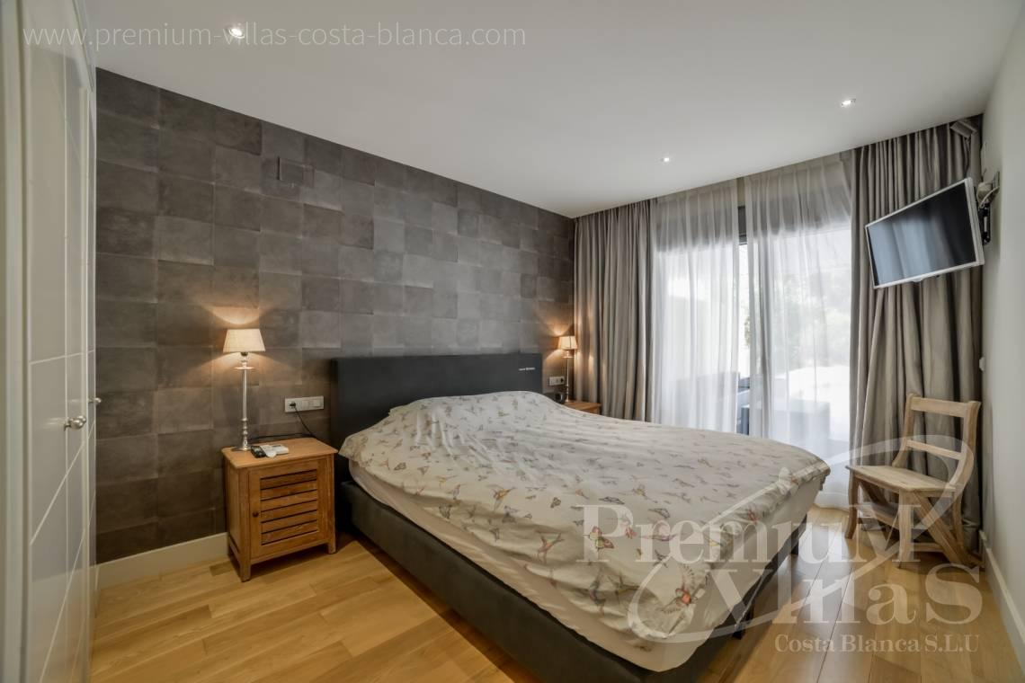 - A0606 - Seafront apartment in residential Mascarat Beach 18