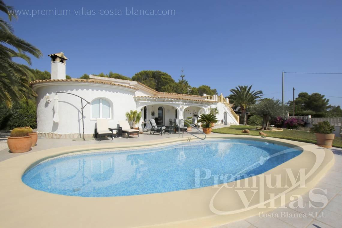 House villa for sale Calpe Costa Blanca - C2202 - Beautiful house on flat plot 2