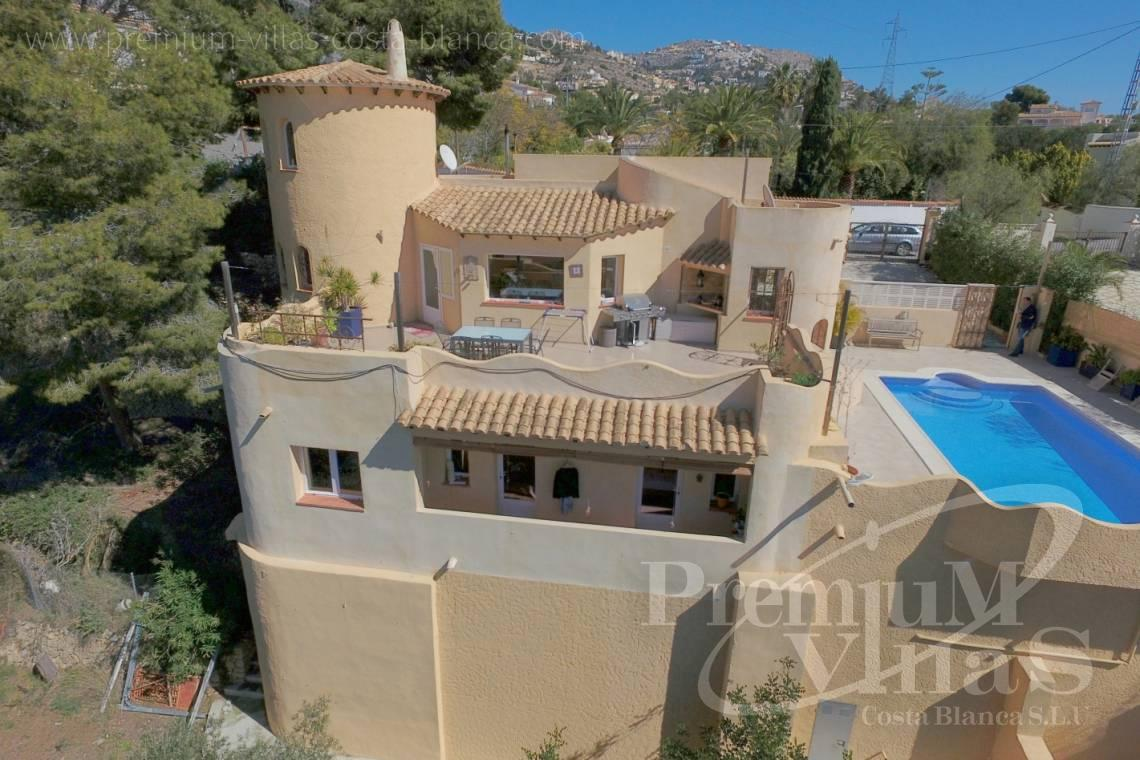 Buy villa close to Don Cayo Golf Club in Altea Costablanca - C2052 - Mediterranean villa for sale with modern interior 27