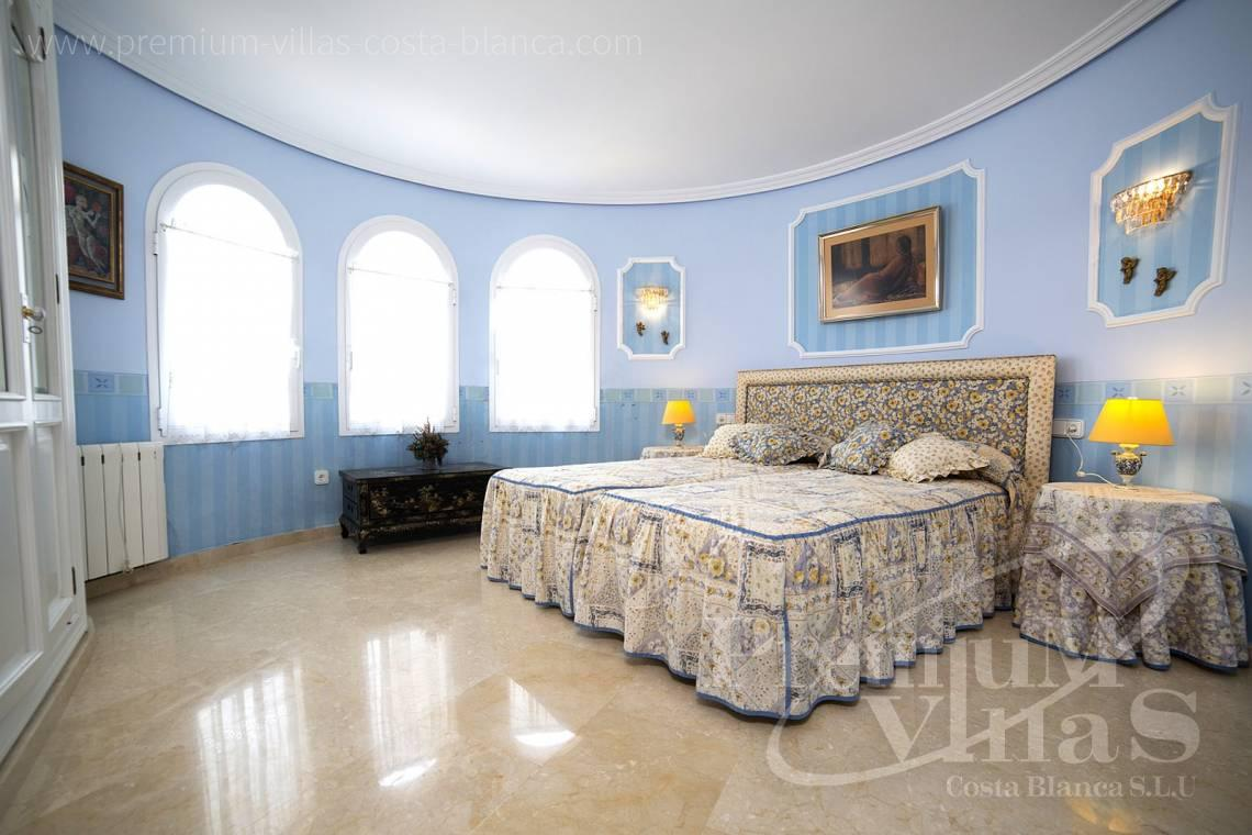 - C2028 - Beautiful and spacious villa with sea and mountain views 11