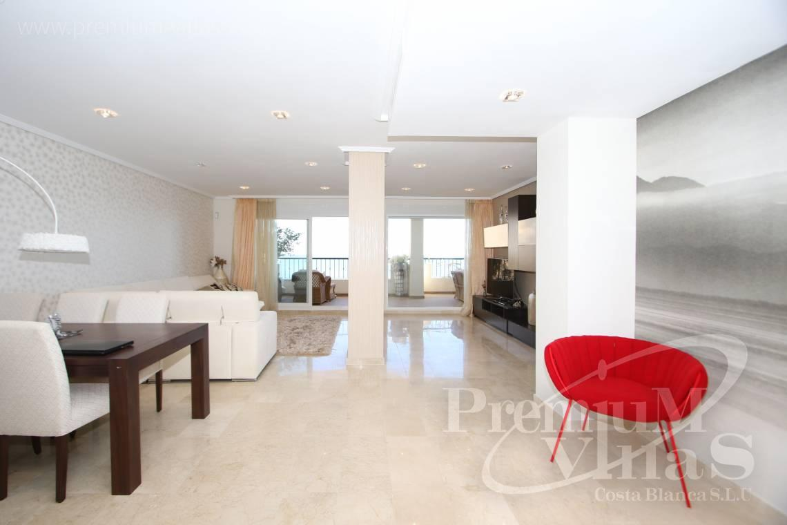 - A0531 - Oasis Beach: Luxurious apartment on the first line of the sea with 2 bedrooms 14