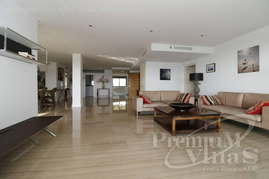 - A0610 - Beach apartment in residential Mascarat Beach 14