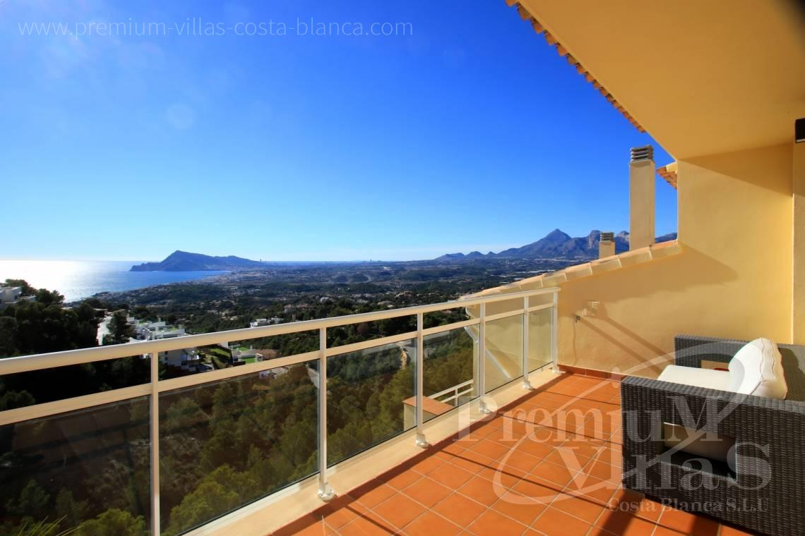 - C2214 - Corner bungalow with panoramic sea and mountain views 1