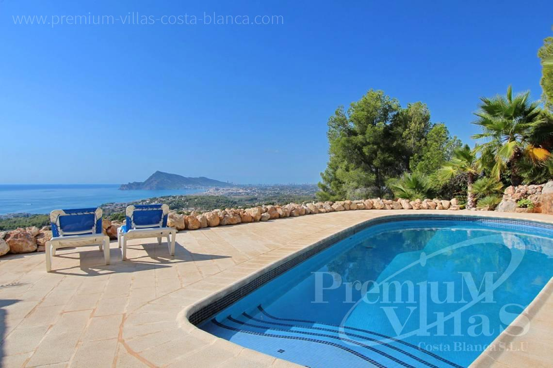 C2012 - Villa with magnificent sea views and 100% privacy 2