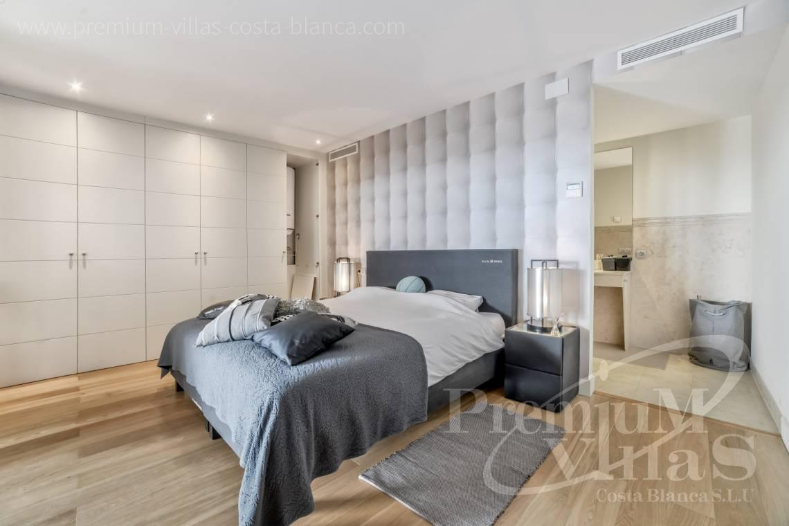 - A0607 - 5 bedroom luxury apartment in residential Mascarat Beach 9