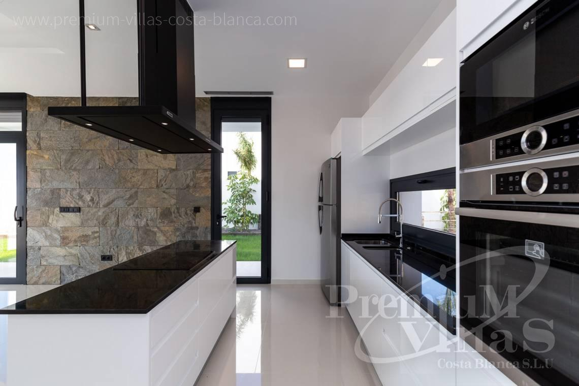 - C2300 - Modern villas with guest apartment in Finestrat 10