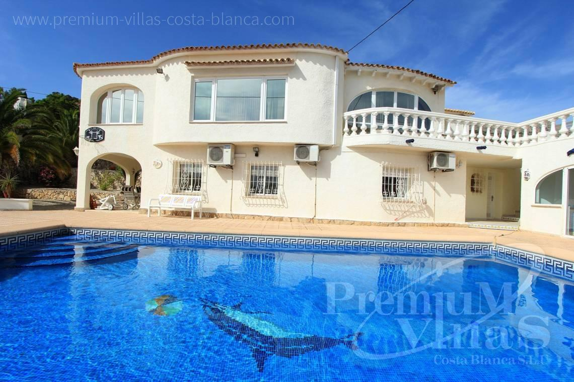 C1984 - Villa for sale close to the beach with a guest apartment and nice sea view 40