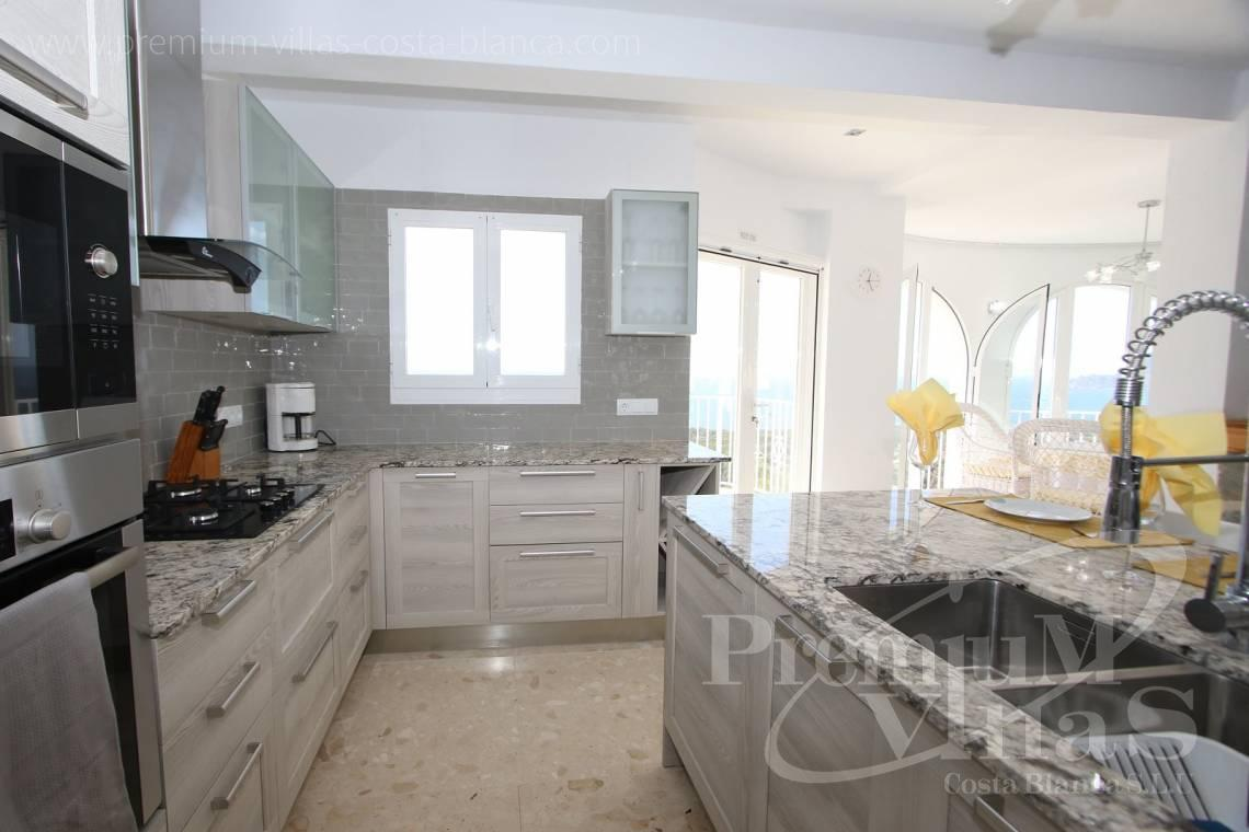 - C2055 - Villa with stunning sea views 14
