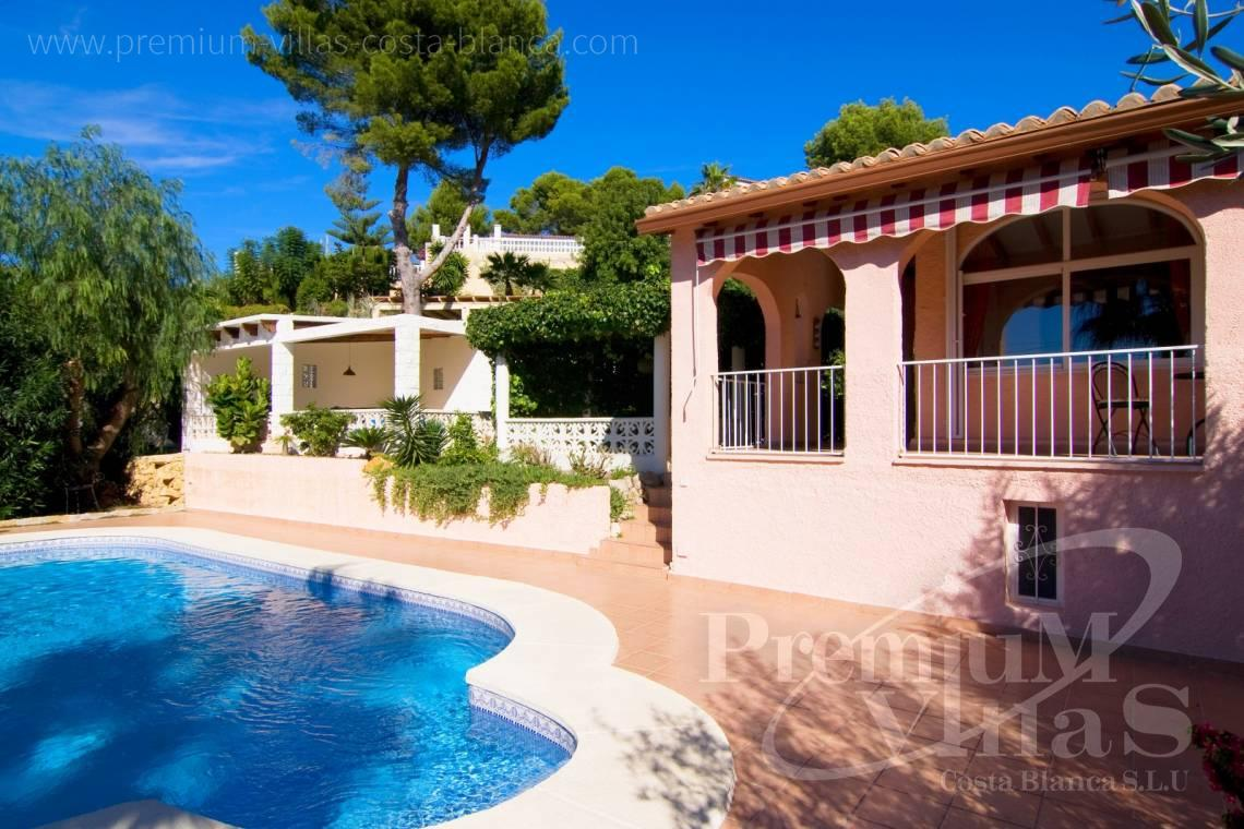 Buy villa on a level in Altea Costablanca - C2129 - Privately located villa with sea view and beautiful garden in Altea 4