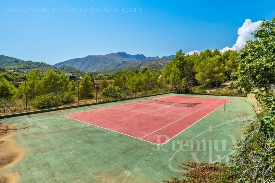 - C2209 - Magnificent finca in Benissa with 10.000m2 of land with stunning mountain views 5