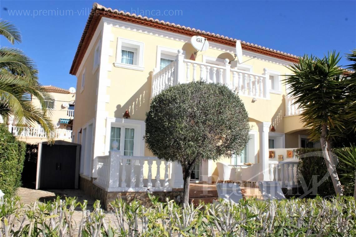 House villa for sale Calpe Costa Blanca - C2144 - Lovely bungalow in Calpe just 2 km from the beach 3