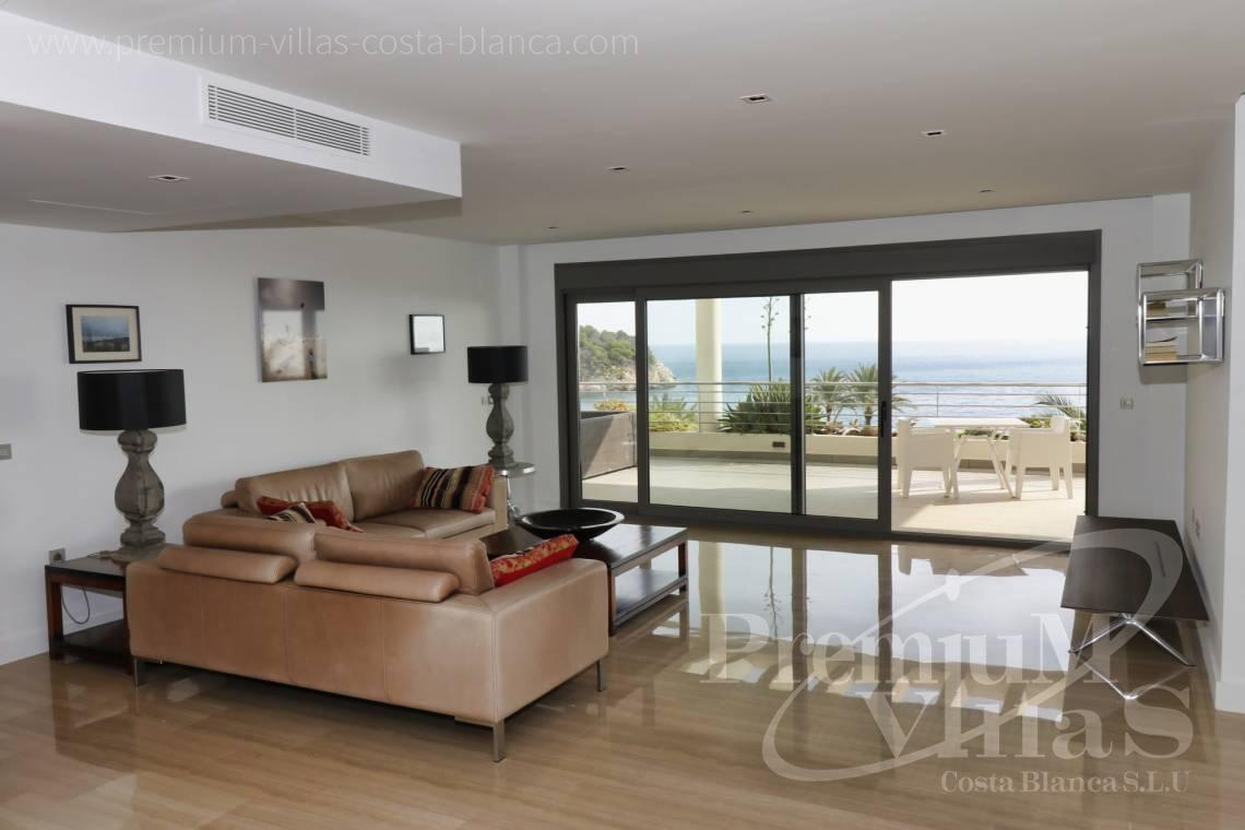 - A0610 - Beach apartment in residential Mascarat Beach 13
